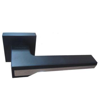 066-15E Black