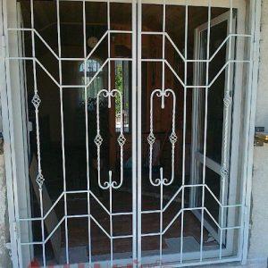 04 Решетчатые двери