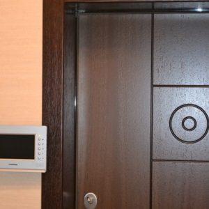 16 Отделка откосов входной двери