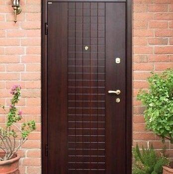23 Входная дверь в дом + стандарт + темно-коричневая