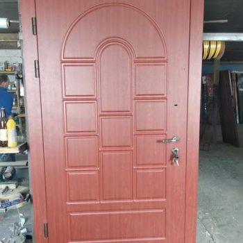 39 Входная дверь в частный дом + нестандарт
