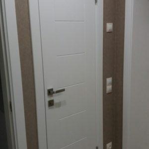 44 Межкомнатные двери белый супермат
