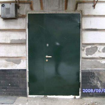 48  Входная дверь в подъезд + нестандарт + под покраску + зеленая