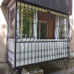 50 Решетка на балкон выпуклая