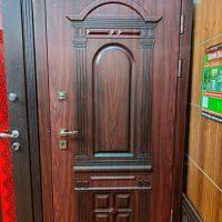 dveri_dlya_chastnogo_doma_oskar-1