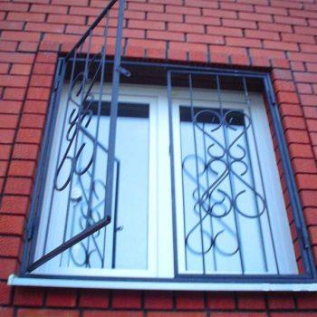 reshetki-na-okna-dvernoy-dozor-2