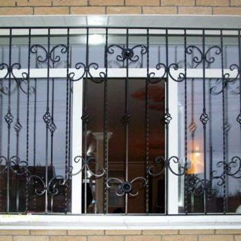 reshetki-na-okna-dvernoy-dozor-5