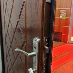 vhodnye-dveri-ekonom-3
