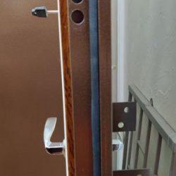 vhodnye-dveri-ekonom-8