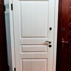 vhodnye-dveri-v-kvartiru-pamir1
